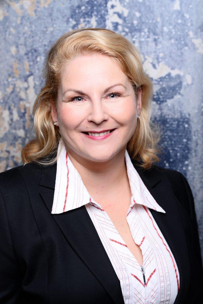 Annika Ladusch - Personalreferntin für Stellenangebote im Bereich Ausbildung und anderen Bereichen