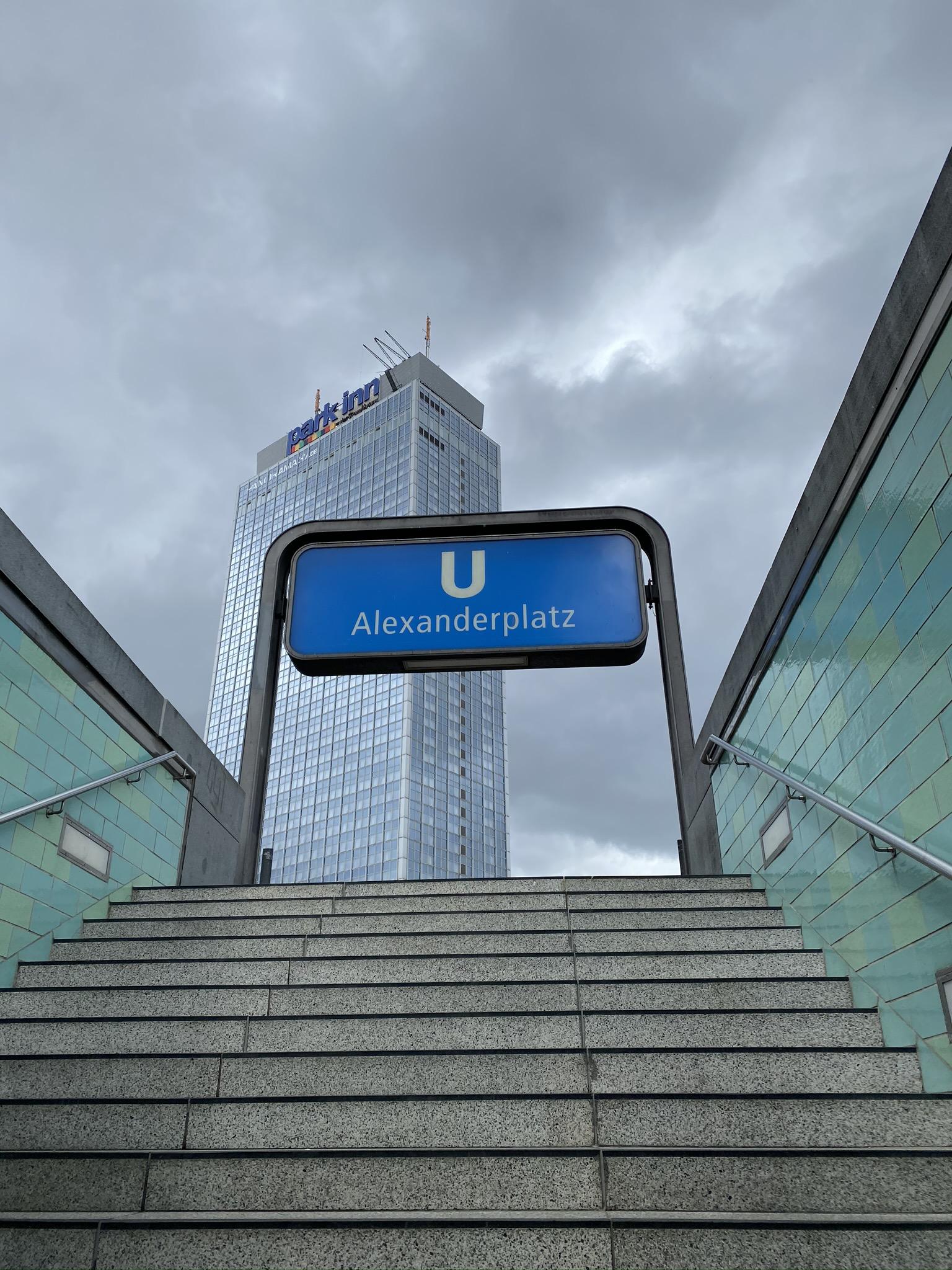 Schild Alexanderplatz